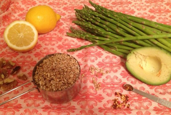 Ingredients for Creamy Chilled Farro Asparagus - The Little Foxes Vegan Recipe Style